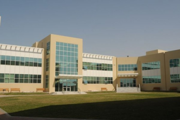 canadian school abu dhabi fees