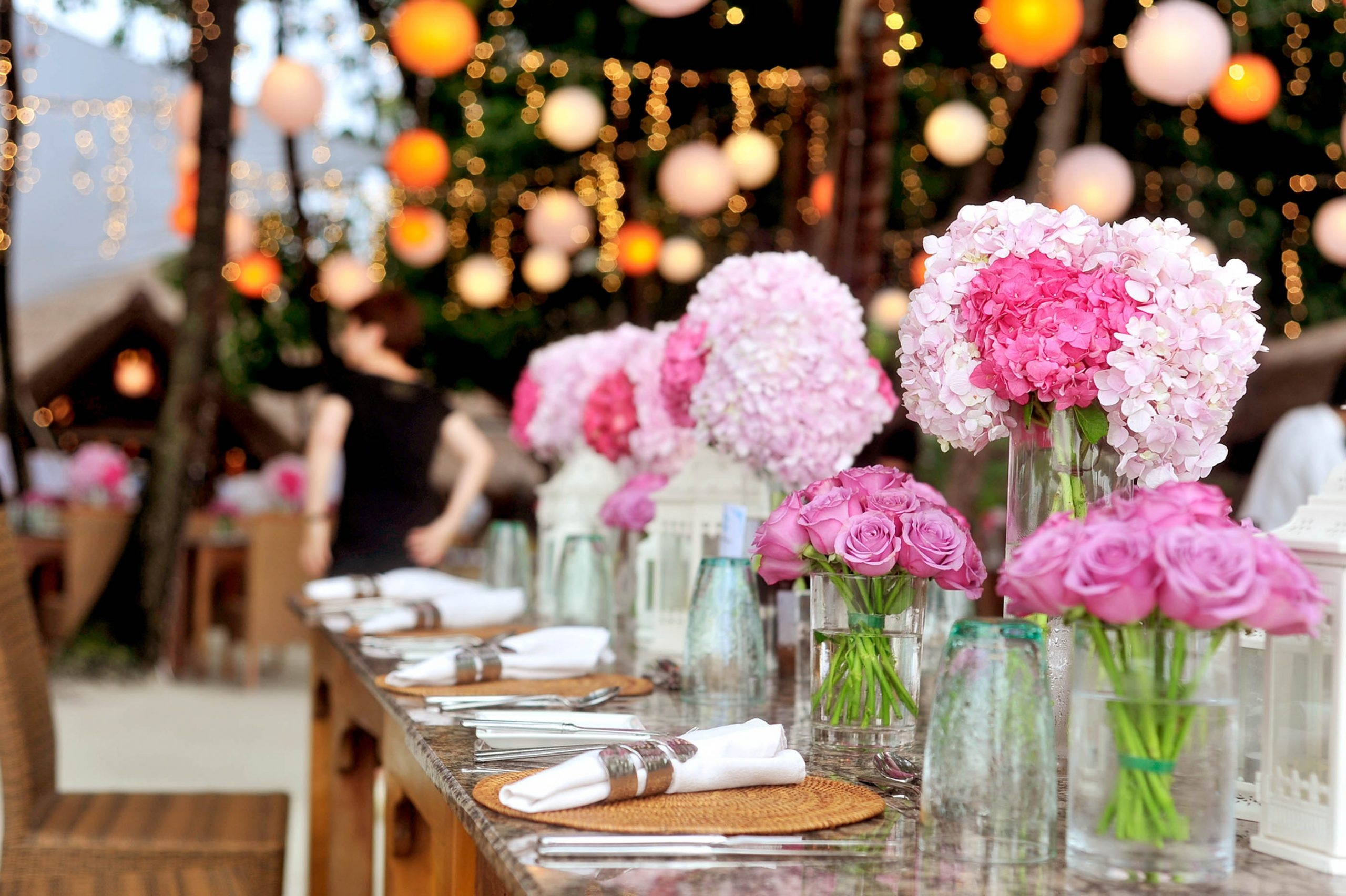 Disadvantages of Becoming a Wedding Planner